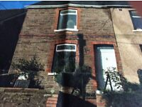 2 bed house to rent near town centre