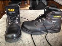 Men's Caterpillar walking Boots size 11