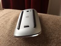 Used Apple Mouse 1 in perfect condition (Battery type) excellent piece of equipment