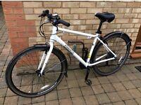 Gents hybrid bike