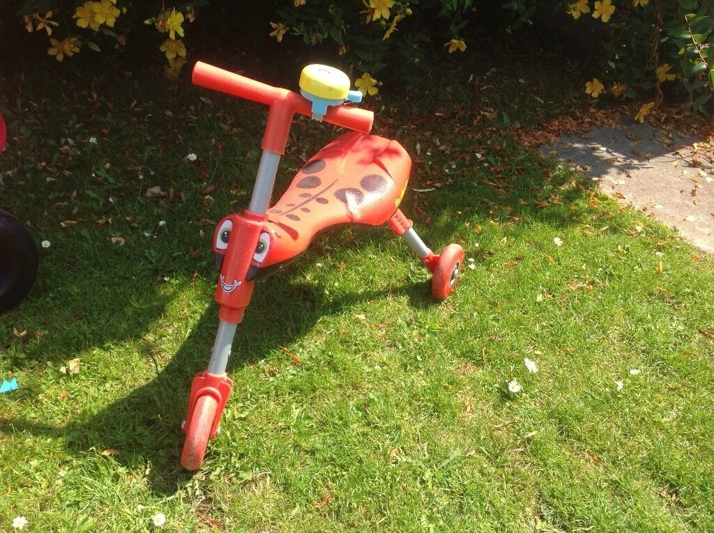 Scuttlebug push bike - kids