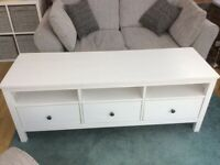 TV Unit and Coffee Table in white