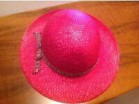Ladies Strawberry pink straw effect hat