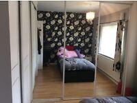3 x mirror wardrobe doors also have the runner.