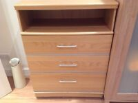 Birch chest of drawers £40
