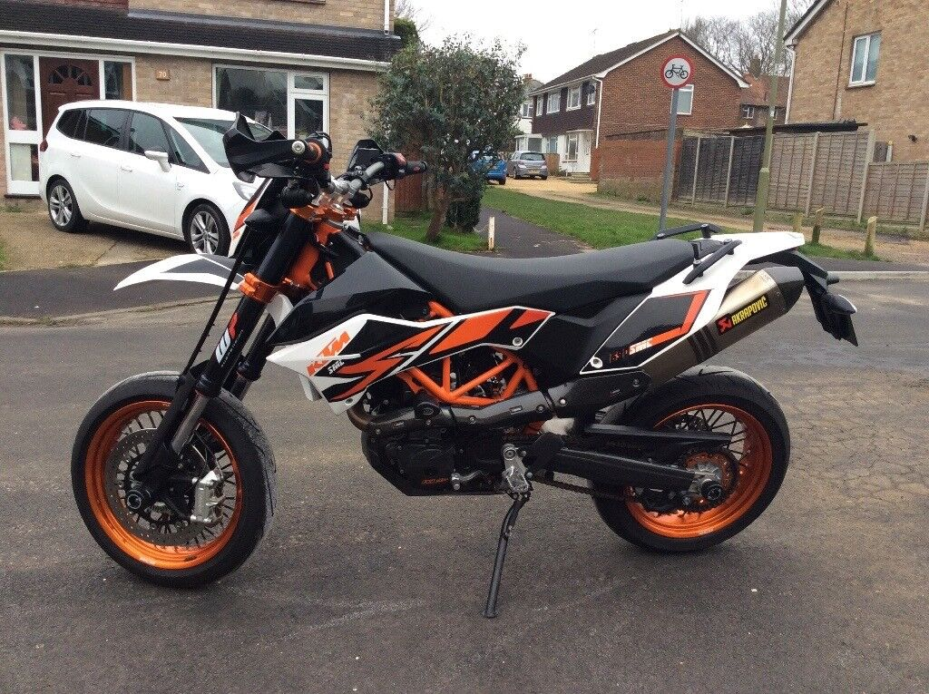 ktm 690 smc r super moto in hedge end hampshire gumtree. Black Bedroom Furniture Sets. Home Design Ideas