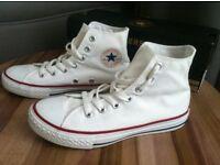 Size 2 white high top converse traniers £10