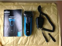 Braun Series 3 3040 Men's Electric Foil Shaver, Wet and Dry, Rechargeable and Cordless Razor