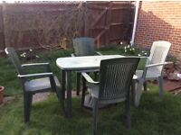 Green table/chairs and umbrella set
