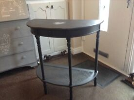 Console table in dark grey with shabby chic heart detail
