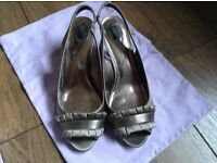 Women's taupe fabric shoes