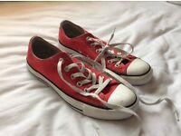 Red Converse Size 6