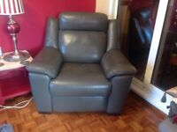 Leather power reclining electric chair excellent condition