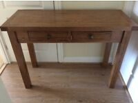 OAK CONSOLE/HALL/SIDE TABLE. Virtually brand new