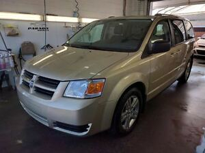2010 Dodge Grand Caravan SE**STOW N GO**