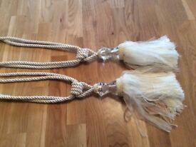Cream curtain tie backs fantastic condition