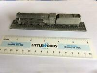 Royal Hampshire Small Fine Art Collectable Model Train