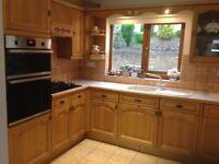 Oak fitted kitchen