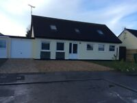 4/5 bedroom bungalow for residential let near the beach