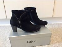 Ladies ankle boots by Gabor size 4