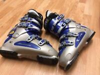 Men's Nordica Ski Boot. Intermediate level. Size 28.0
