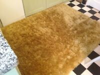 Gorgeous golden/lemon lounge very fluffy rug...as new