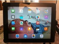 Ipad 2 32 Gig Vodaphone 3g - I Rig + I Rig Pre and Aukey Ipad Stand
