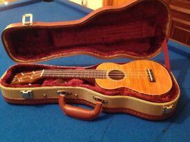 NEW Makai SMC80 Concert Ukulele with hard case