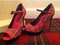 OFFICE OF LONDON SHOES size 6