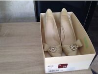 Wedding or occasion shoes size 5