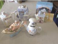 Novelty teapots set of 5