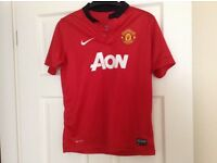 Boys Manchester United Shirt 12-13 years