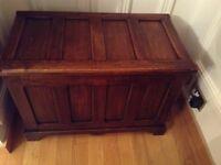 Dark oak trunk / chest