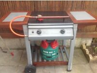 Gas barbecue with almost full gas bottle