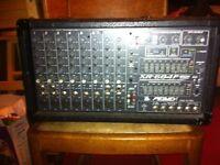 Peavey XR 684 F 400 Watt 8 channel mixer / Power amp