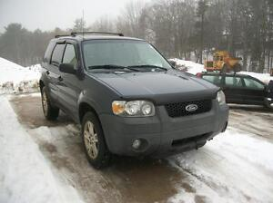 2005 Ford Escape XLT 4X4 AUTOMATIC