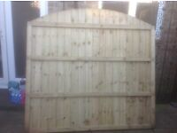4 no 6ft dome top featheredge fence panels. New unused.
