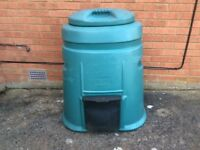 Extra large compost bin