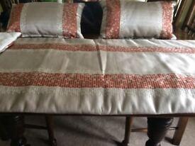 Stunning Runner and 2 Cushions in Sahara Fabric