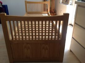 John Lewis Child's / Toddler Solid Oak Trundle Bed With Castors On Trundle