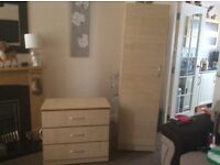 Wardrobe&chest of drawers