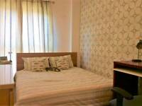Student - Double bedroom available in 2 bed apartment.