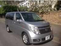 A very clean and excellent Condition 2004 Nissan Elgrand X, drive like new.