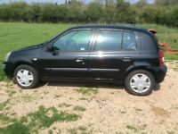 RENAULT CLIO 1100cc 5 dr in Black