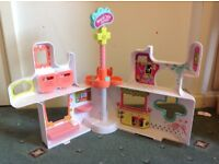 Littlest pet shop buildings £10 each