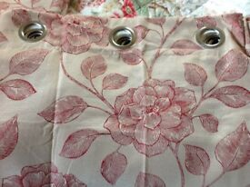 Lined curtains. Beige/red eyelet