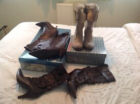 Women's boots size 3