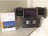 Vauxhall Vectra CD70 Navi, scree, sat nav CD & RGB cable.