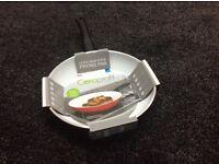 Ceracraft bra day new pan in red 24 cm