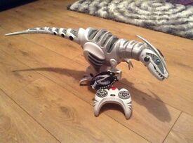 Roboraptor remote control toy